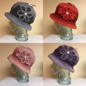 Accessories - Two-Tone Flapper Style Crochet Knit Winter Hat